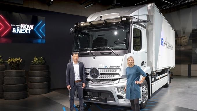 메르세데츠-벤츠 e악트로스, 대형 순수 전기 트럭 최초로 양산 모델 출시